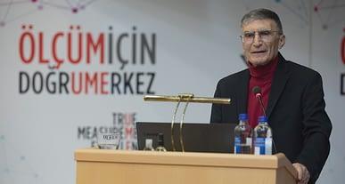 Nobel Ödüllü Aziz Sancar'dan aşı karşıtlarına ders gibi eleştiri!