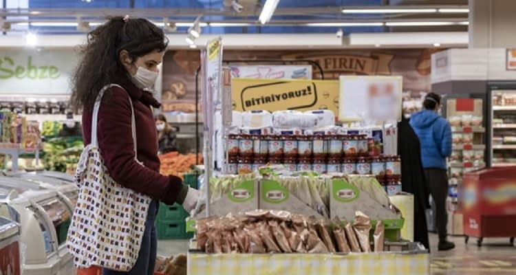 Perakendecilerden fahiş fiyatlara büyük tepki! BİM icra kurulu üyesi Galip Aykaç gıda fiyatlarındaki artışın sorumlusunun marketler olmadığını açıkladı!