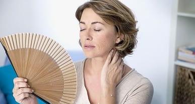 Kadınlar dikkat! Menopoz öncesi de kalp hastalıkları riski yüksek!