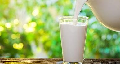 Sahurda bir bardak süt içmek bakın ne işe yarıyor?