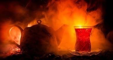 Çayı çok sıcak içmek kansere neden olabilir!