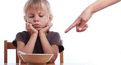 Yönlendirici davranışlar, çocukların yemek seçimini etkiliyor!