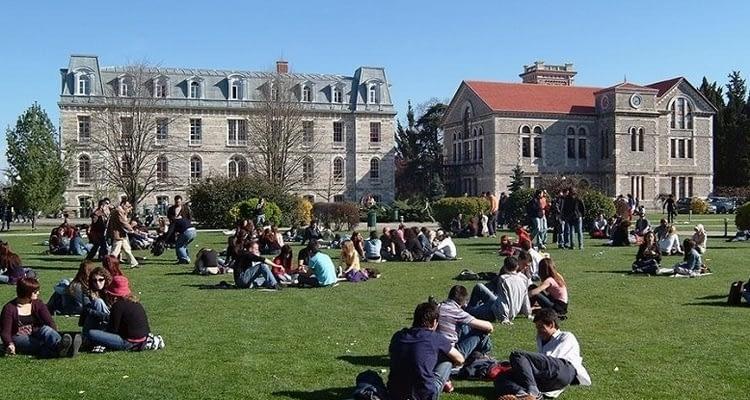 YÖK'ten azami sürelerini dolduran üniversite öğrencilerine iyi haber!