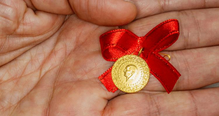Altın fiyatları günü nasıl kapattı? 22 ayar altın kaç TL
